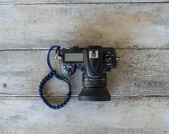 Paracord Camera Wrist Strap (navy blue)