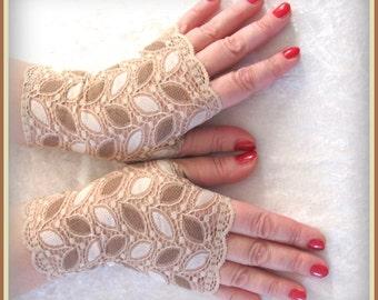 Fingerless  lace short  gloves