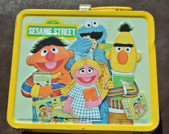 Vintage Lunchbox, Sesame Street Lunchbox, Retro Lunch Tin, Yellow Tin Lunchbox, 1979 Lunchbox