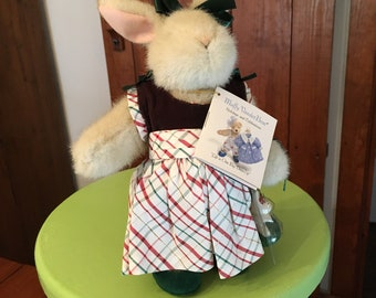 """Muffy Vanderbear Hare, """"Life is One Big Dress-Up"""" Deck the Halls With Bows and Dollies  NWT-Excellent"""
