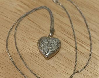 Vintage sterling silver engraved heart shaped locket