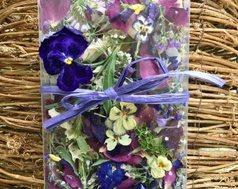 Dried Flowers, Wedding Confetti, Flower Petals, 3 Wedding Favors, Dried Rose Petals, Flower Girl Basket, Real, Biodegradable, Centerpieces