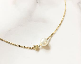 Dainty Pearl and Mini Heart Gold Necklace, Dainty Jewelry, Gifts for Her, Gifts for Mom, Birthday Gift