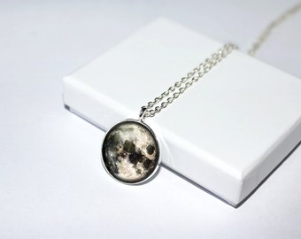 Full moon necklace, Planet necklace, Moon pendant, Solar system necklace, Galaxy necklace, Space pendant, Moon phase, Gift for her, Tiny