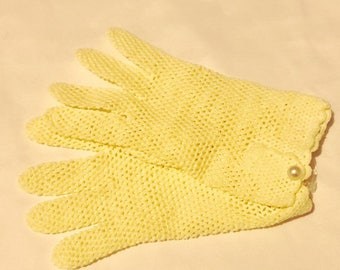 Vintage Yellow Fishnet Gloves