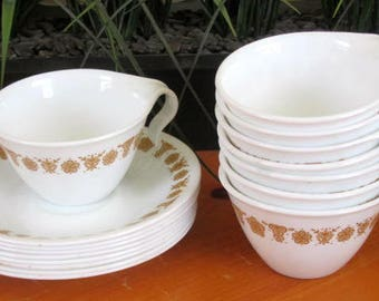 Cups and saucers set of 8 Corelle butterfly gold 1970s vintage