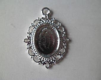 1 medium oval cabochon or cameo pendant silver 36 x 27 mm