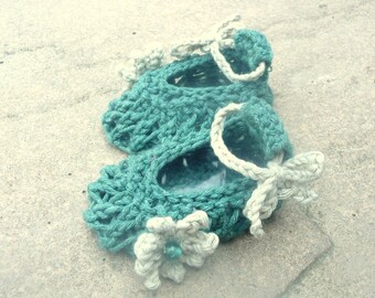 Knitting Pattern Booties - Spring Flower Baby Shoes  (Sizes for 0 - 12 mths)