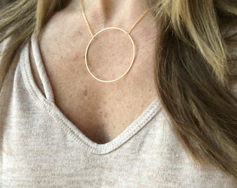 Circle necklace / gold necklace / geometric necklace / statement necklace / delicate necklace / minimalist necklace / dainty necklace