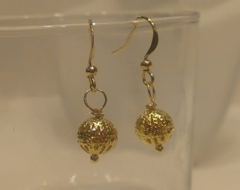 Gold-plated filigree dangle pierced earrings