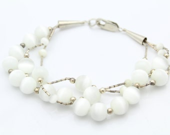"""Southwest 7"""" Three Strand Bead Bracelet With White Chatoyant and Liquid Silver. [8299]"""