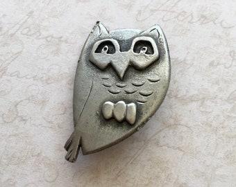 Modernist Metzke Pewter Owl Brooch, Vintage Silver Pewter Owl