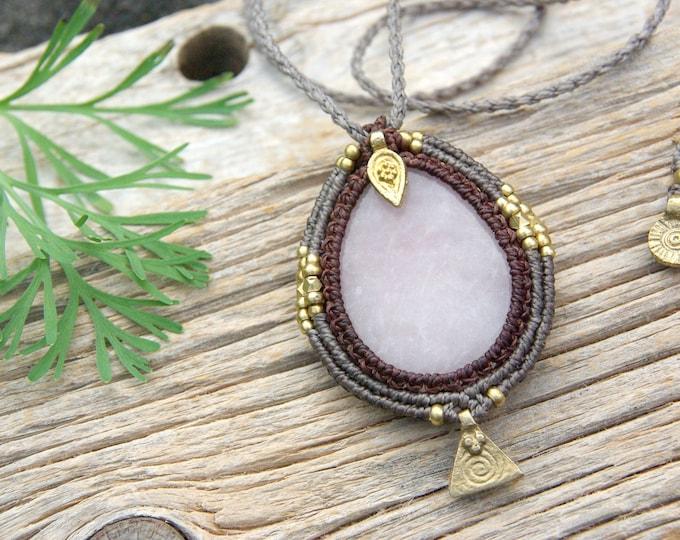 Big QUARTZ necklace, macrame necklace, fairy jewelry, coollar goddess, mystic jewelry, yoga amulet, talisman brass, nickel free