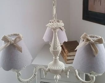 Chandelier 3 lights antique linen, Twine and Ribbon beige shades