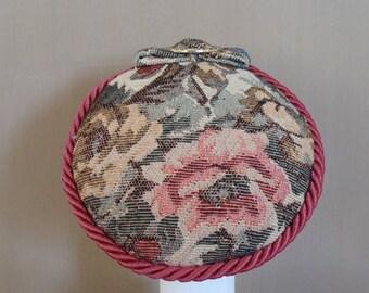 fascinator tapestry