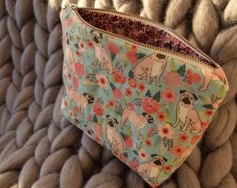 Floral Pug zipped pouch