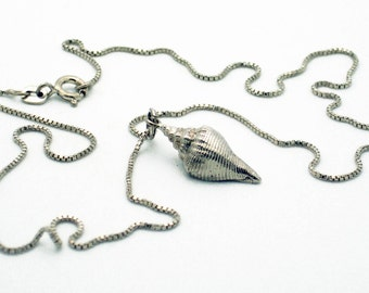 Solid sterling silver seashell pendant