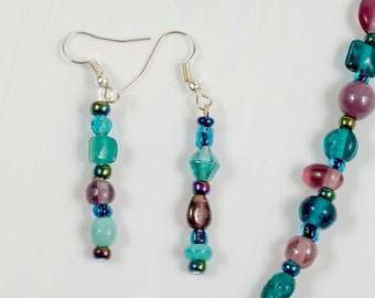 Fun colourful necklace and earing set.