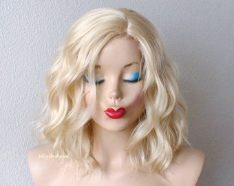 Blonde wig. Lace front wig. Short wig. Beach waves hairstyle wig. Durable heat friendly synthetic wig for daily use or Cosplay.