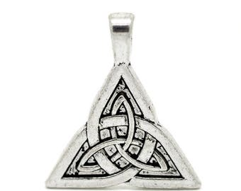 1 bow of Sidhe 28x24mm triangle pendant