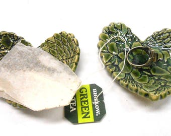 Pottery Heart Teabag Rest Ceramic Teaspoon Rest Teabag Holder Ceramic Ring Dish Gift for Her Heart with Lace in Green