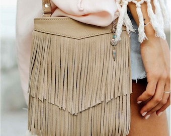 Leather shoulder bag Womans festival bag Leather zip bag Beige leather bag Boho festival bag