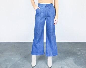 1970s High Waist Wide Leg Crop Jeans (S/M)