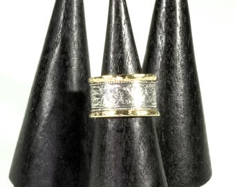 Black Wooden Ring Display Cone - Ring Holder - Ring Diaplay Stand - Black Ebony Dark Wood Ring Holder Jewelry Ring Display Stand