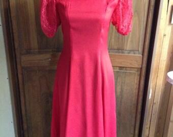 Vintage Wiggle Pinup Dress