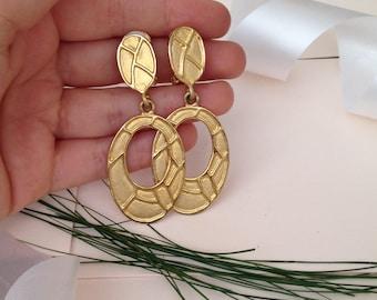 Long Dangle Earrings - Drop Earrings - Gold Earrings - 1980s Earrings - 80s - Vintage Earrings - Chandelier Earrings - Wife Gift - Unusual