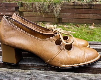 Tan Camel Leather Steampunk Mod Chunky Heel Dress Shoes LifeStride 6.5 AA