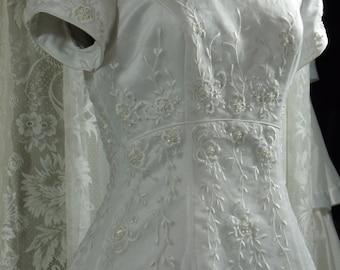 Vintage White Floral Bridal Gown, 1990's, Size 14
