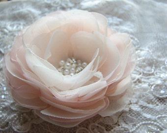 Wedding hair flower Blush hair flower Champagne wedding flower Blush wedding hair pin Champagne blush wedding Bridal hair flower Pink flower