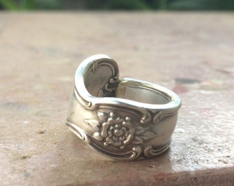 """Silver Spoon Ring-Flower to the """"T"""""""