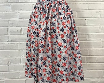 "1960s Novelty Floral Print Full Cotton Skirt, 29"" waist"