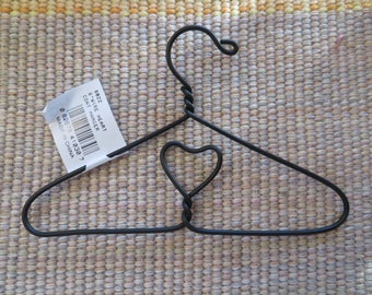 Wire heart coat hanger,6 inches X 4 inches,Crafting, doll clothes hanger,mini wind chime hanger,Valentine's