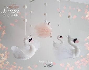 Swan Baby Mobile - Crib Mobile - Cot Mobile - Animal Mobile - Bird Mobile - White Mobile - Nursery Mobile - swan mobile