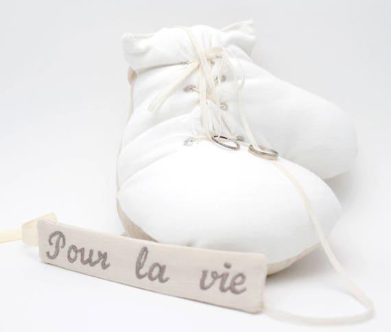 Gants de boxe pour mariage coussin pour alliances original for Service de boxe de mariage