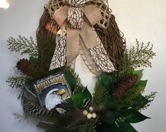 Wreath grapevine eagle