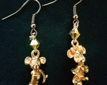 Gold Mickey and Minnie mouse earrings