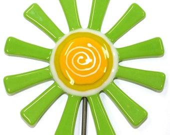 Glassworks Northwest - Lime Green Daisy Flower Stake - Fused Glass Garden Art