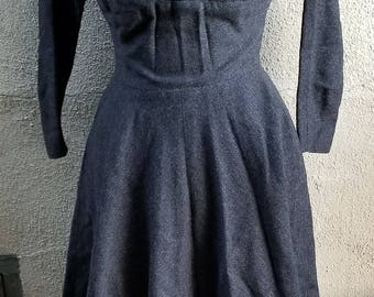 Vintage Anne Fogarty Woolf Bros. Grey Wool Dress Signature Silhouette