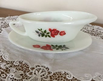 Pryrex Gravy Boat and Saucer