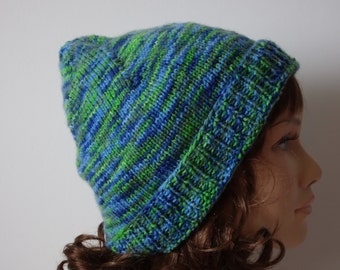 Unique blue/green size hat for women and teens