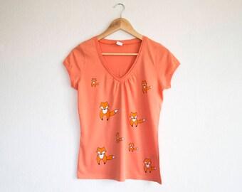 Orange Fox T-Shirt, Size M Hand Painted T-shirt, Woodland Top, Animal Apparel