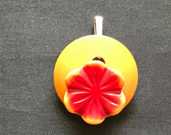 Vintage butterscotch yellow Bakelite button red flower pendant necklace upcycled repurposed jewelry
