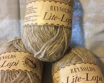 Reynolds Lite-Lopi Wool Yarn from Iceland Gray Yarn