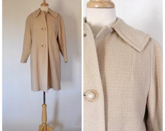 Vintage Coat / 60s Coat / Beige Coat / Beige Knit Coat / Vintage Topper / Tent Coat / Spring Coat / Outerwear / Size Medium
