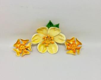 Vintage Enamel Brooch and Earrings Jewelry Set Mod Yellow and Orange Flower Power RETRO