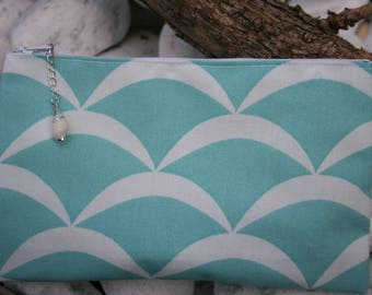 Pouch bag, cosmetic case in canvas